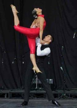 Nicolas Cruz & Caterine Estrada