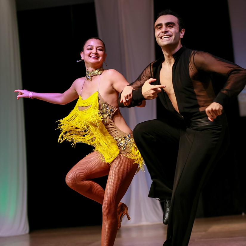 how to dance salsa like a pro